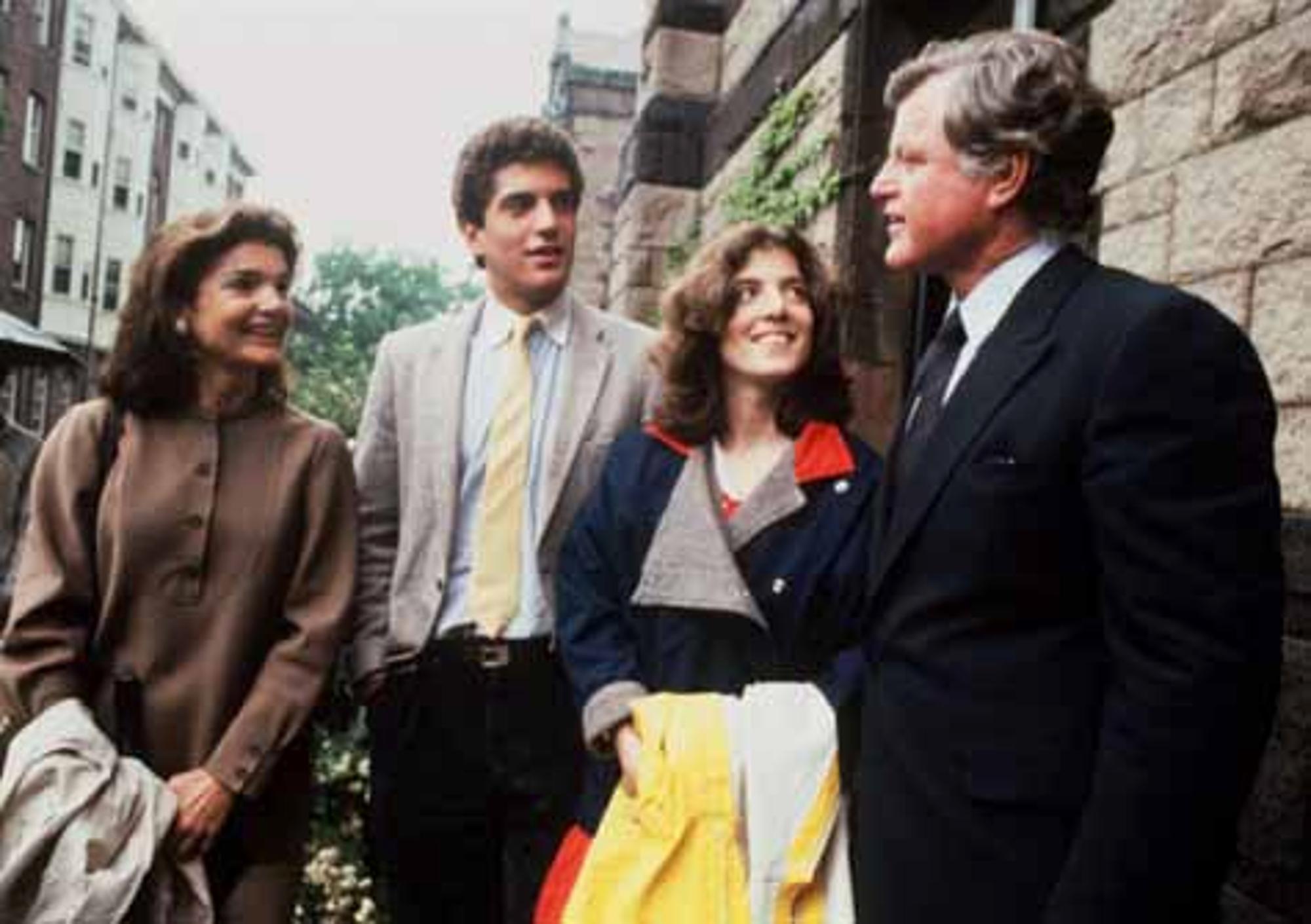 Us Senator Edward Kennedy Ist Tot Politik