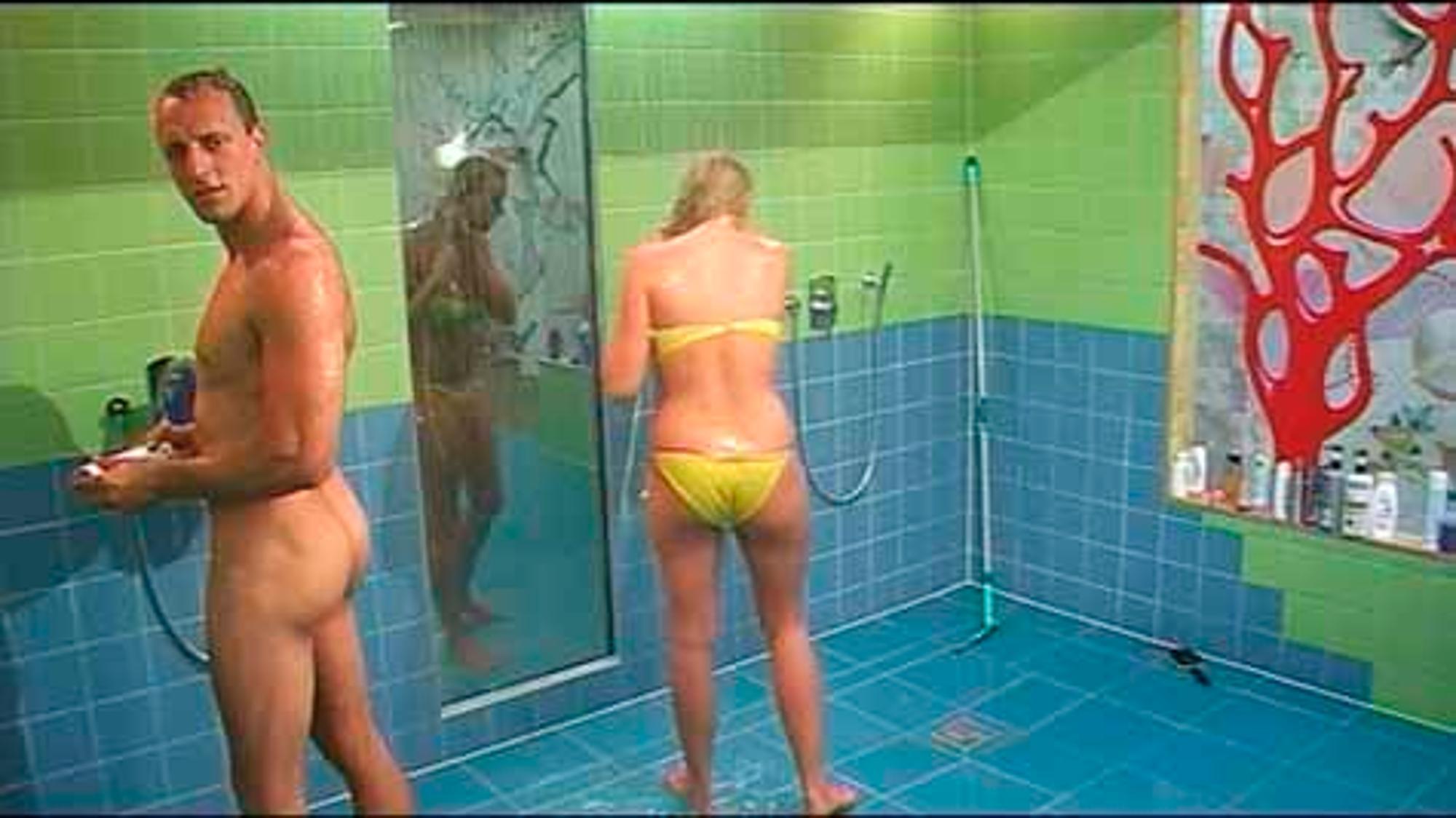 Dusche big nackt brother Jessica Paszka