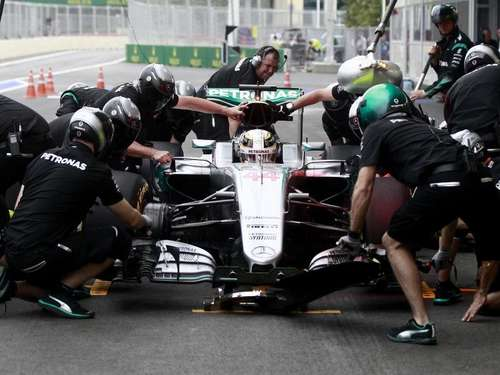 Hamilton Favorit auf die Pole position in Baku