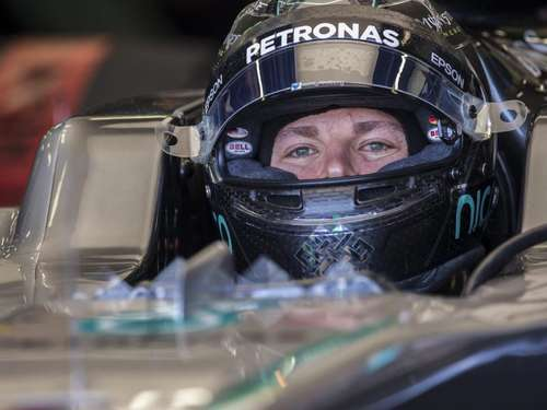 Rosberg holt Pole in Baku - Hamilton nach Crash Zehnter