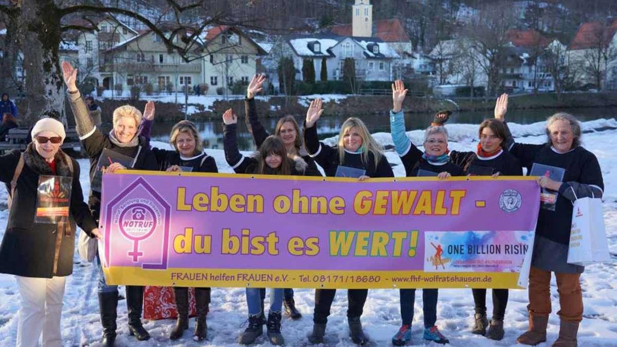 Partnersuche Wolfratshausen : Lerne interessante Singles aus Wolfratshausen kennen: